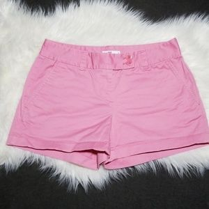 Vineyard Vines pink shorts